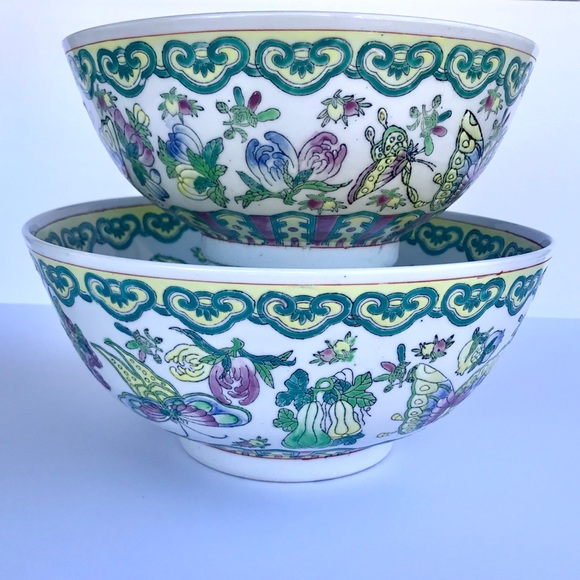 Big Chinese Famille Rose Butterfly Porcelain Bowl